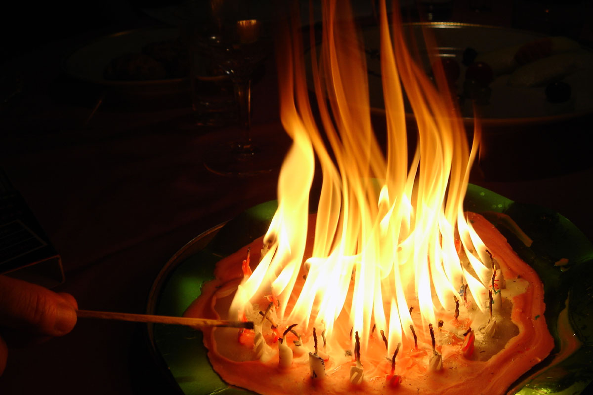 Candles Fire 7v6